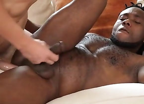 Blowjob (Gay);Hunk (Gay);Interracial (Gay);Muscle (Gay);Anal (Gay) le mec de sa...