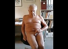 Daddy (Gay);Handjob (Gay);Small Cock (Gay);HD Videos 288