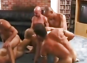 Gay Porn (Gay);Bareback (Gay);Blowjobs (Gay);Group Sex (Gay) Gay bareback orgy...