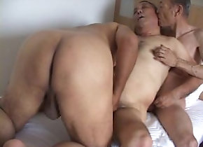 anal;anal-sex;old-man;blowjob;threesome;mature;old-men;group-sex;fat;chubby;old;japanese;cumshot,Japanese;Daddy;Gay サムソン �...