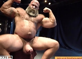 leather;muscle;bull;hairy;dungeon;bodybuilding;powerlifter;silicone;huge-cock;beast;musclebear,Daddy;Muscle;Solo Male;Gay;Bear;Hunks;Handjob;Uncut;Rough Sex HAIRY MUSCLE BULL...