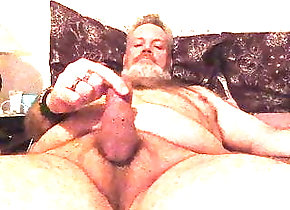 Amateur (Gay);Bear (Gay);Daddy (Gay);Handjob (Gay);Masturbation (Gay);HD Videos Wanking While...