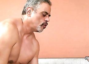 Bareback (Gay);Bears (Gay);Daddies (Gay);Older4me (Gay);HD Gays Muscle Bear Raw