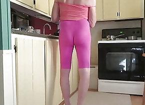 Crossdresser (Gay);HD Videos Crossdressing...