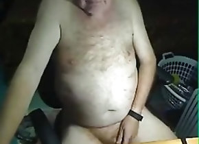Amateur (Gay);Daddies (Gay);Masturbation (Gay) grandpa stroke on...