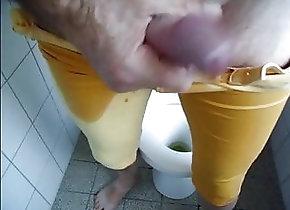 Amateur (Gay);Masturbation (Gay) Jeanspissing