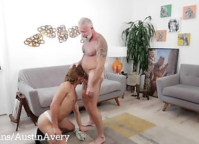 daddy;gay-porn;boy;twink;bubble-butt;vocal;vocal-male;silver-hair;bottom;gays;bareback;anal;raw;raw-anal;rimming;kissing,Bareback;Daddy;Twink;Muscle;Pornstar;Gay;Mature;Verified Amateurs,Austin Avery;Lance Charger Silver Daddy...