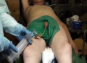 gay,piss,enema,catheter,bladder-enema,catheter-play,gay 800cc  Bladder...