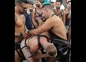 outdoor,bond,public,gay,gay bondage men in...