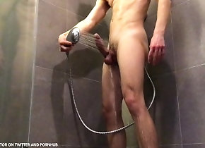 big-cock;shower;dusche;cumshot;water-jet;jet;water;showering;hotel;twink;bubble-butt;butt;cock;jerk-off;jerks-off,Twink;Muscle;Solo Male;Big Dick;Gay;Reality;Uncut;Cumshot;POV Hung twink with...