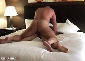 tyler-reed;muscle;big-daddy;bareback;breed;seed;raw;bb,Bareback;Daddy;Muscle;Gay;Bear;Jock Dallas Hotel Slut_