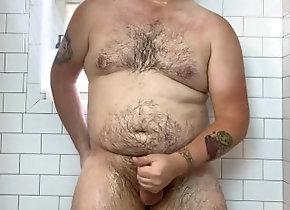 gay;solo-masturbation;tattoos;wet;shower-masturbation;cum;hard-dick;hairy;hairy-cock;bear;chubby;cock,Solo Male;Gay;Bear;Reality;Amateur;Tattooed Men;Verified Amateurs Big guy plays in...